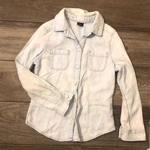 Gap Kids Button down light was denim shirt